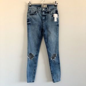 NWT Free People Busted Knee Skinny Jeans Sz 26